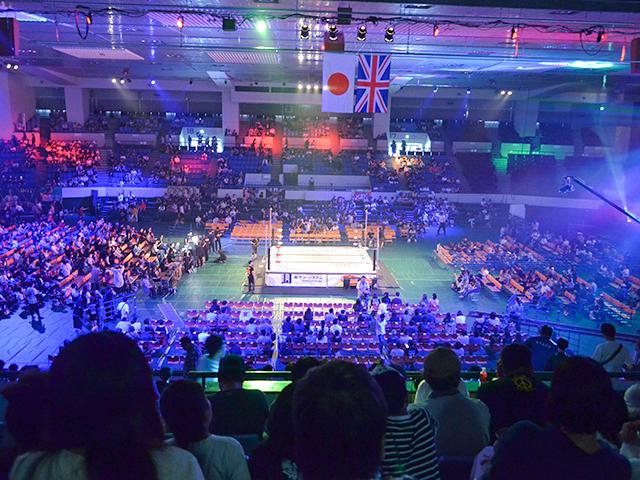 愛知県体育館2階席列