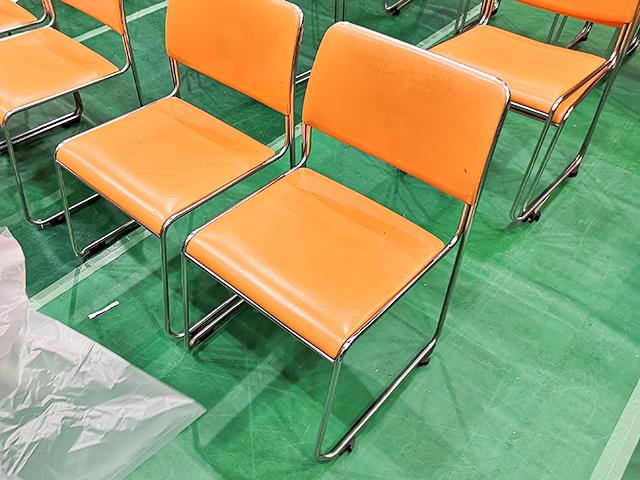 愛知県体育館の椅子