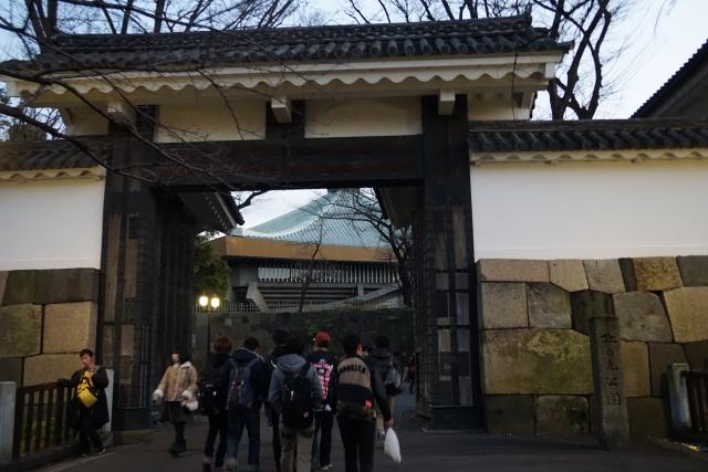 日本武道館の田安門