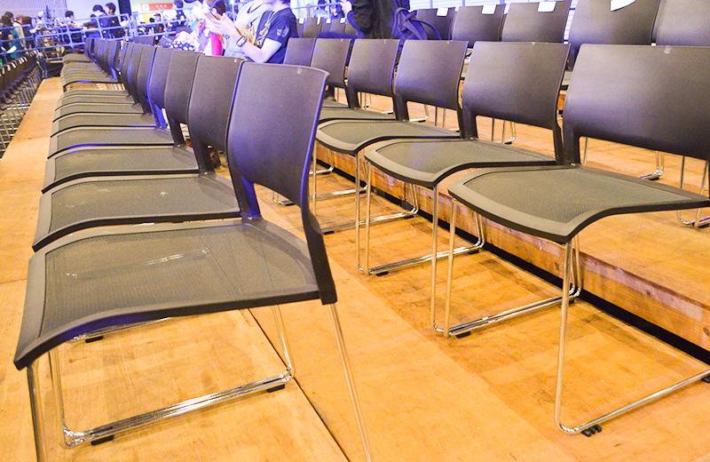 福岡国際センター(プロレス)1階の椅子