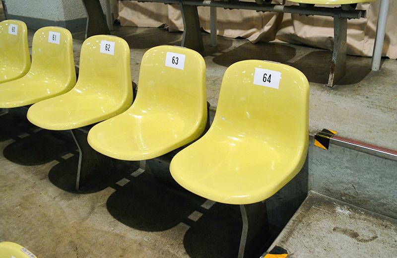 福岡国際センター(プロレス)3階の椅子