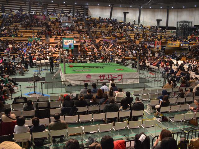 大田区総合体育館1Fひな壇
