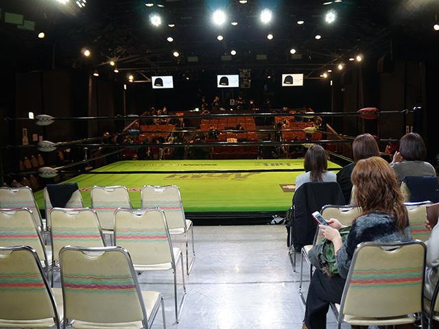 大阪世界館:指定席(東側)からの見え方