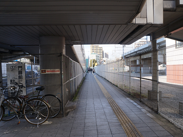 大阪世界館、弁天町からのアクセス