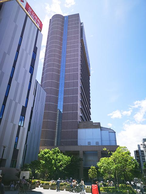 大きな建物が「東京芸術センター」です。