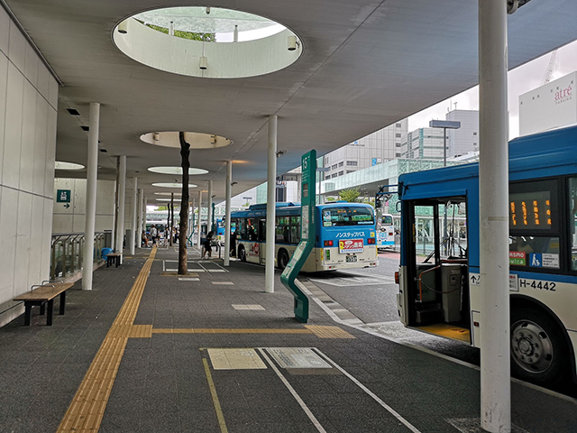 川崎駅バス乗り場