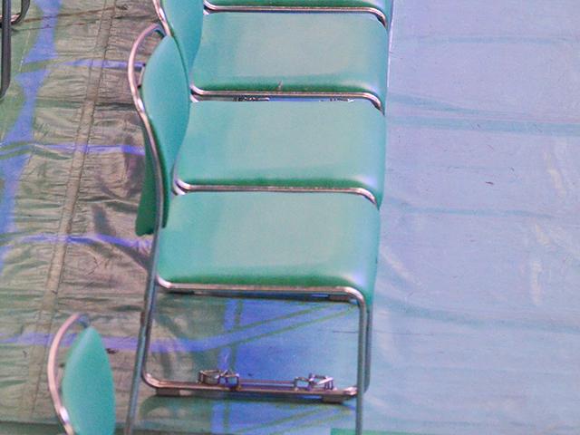 日本武道館アリーナ席の椅子