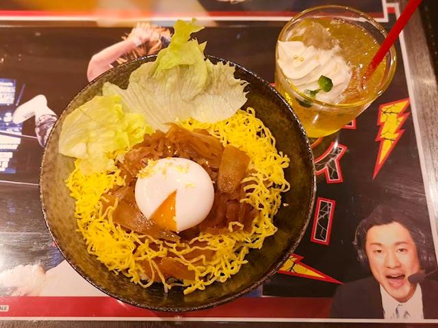 オカダ・カズチカの勝負飯「レインメーカー牛丼」