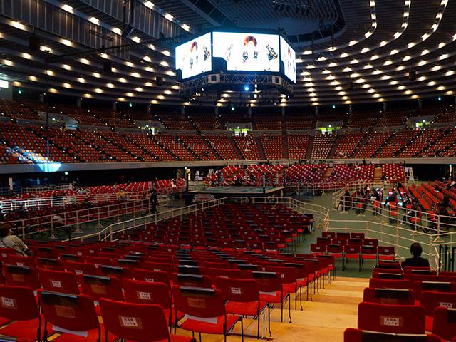 プロレス大阪城ホール・1階ひな壇A