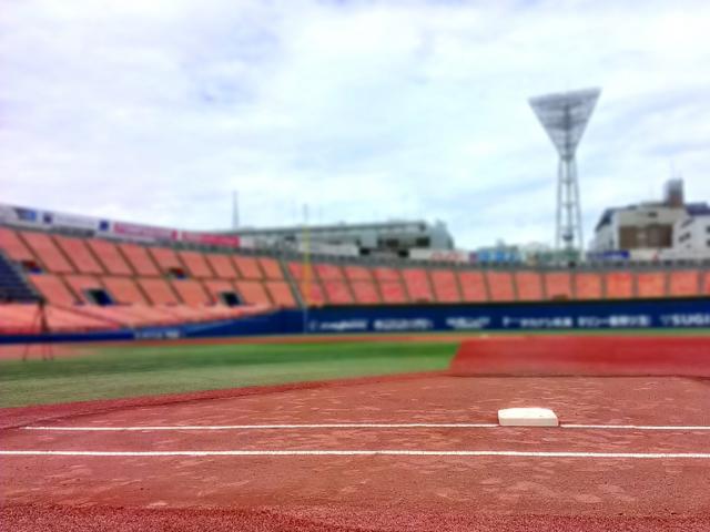 横浜スタジアムのグラウンド